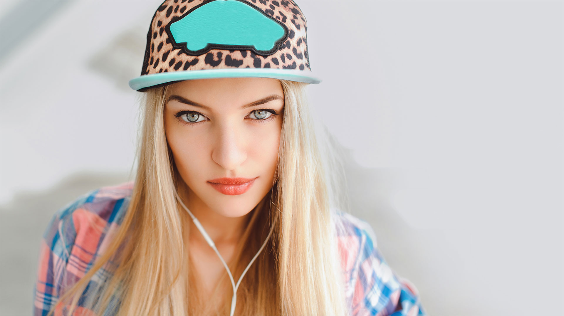 15 CHIC URBAN HATS YOU'LL WANT TO WEAR